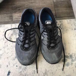 men's Nike MaxAir size 11.5 sneakers